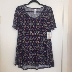 XS LuLaRoe Perfect T Shirt DD22 1491